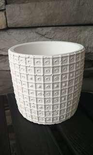 Homemade Terracotta Design Planter (White)