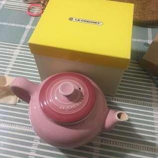 Le Creuset 茶壺