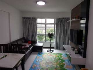 Fully furnished unit for rent. Near MRT.