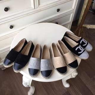 小香糖 羊絨拼色羊麂皮漁夫鞋。