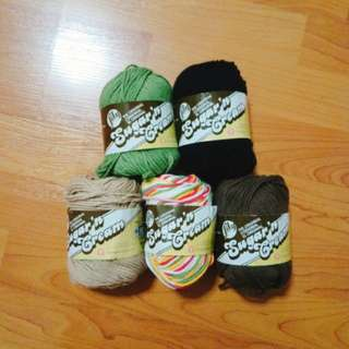 5 balls of 100% cotton yarns