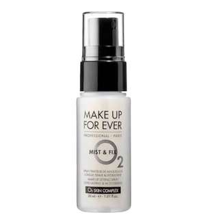MAKE UP FOR EVER Mist & Fix Setting Spray