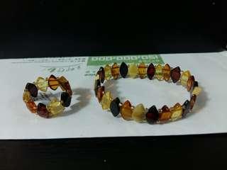 琥珀amber戒指和手鈪一套