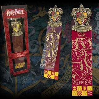 Gryffindor Crest Bookmark Harry Potter The Noble Collection