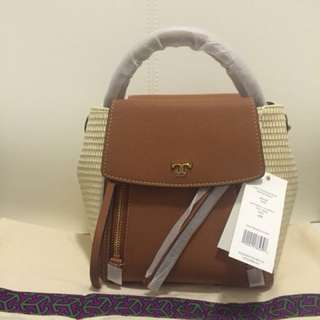 現貨Tory Burch Half Moon Cross Body Bag