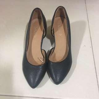 Rubi black heel