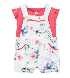 *24M* Brand new Carter's 2-Piece Top & Shortalls Set For Baby Girl