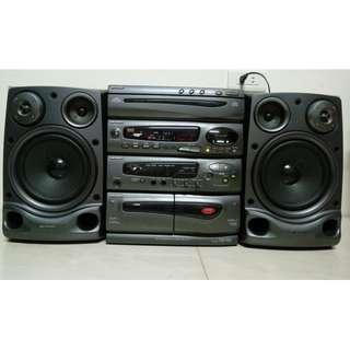 夏普 SHARP CD K777X 床頭音響 CD可聽 收音機功能正常 馬來西亞製造 有遙控器 說明書