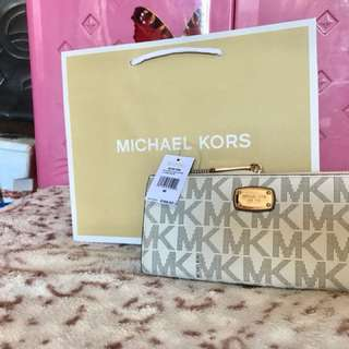 Authentic Michael Kors for ladies fresh from US✔️🇺🇸💯