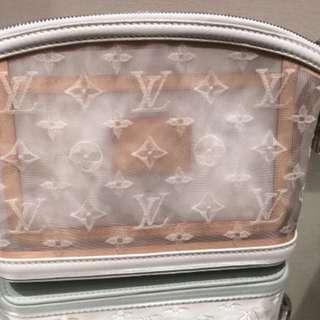 Louis Vuitton (罕有透明Clutch)