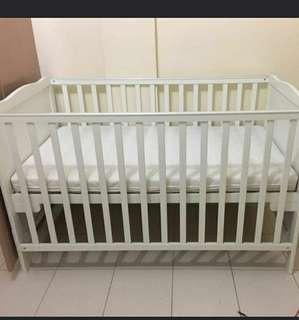 Dwelling Wooden Crib up to 11 yrs old with matress and accessories (NEGOTIABLE)
