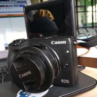 CANON EOS M3 body & lens kit