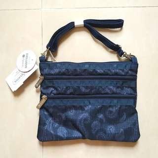 (包平郵) Lesportsac 藍色, 暗腰果, 休閒, 兩用袋, 側背, 斜背包 (有掛牌)