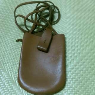 🚚 皮製手機帶