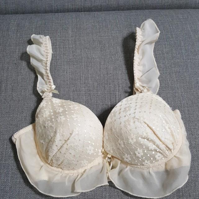 白色浪漫內衣