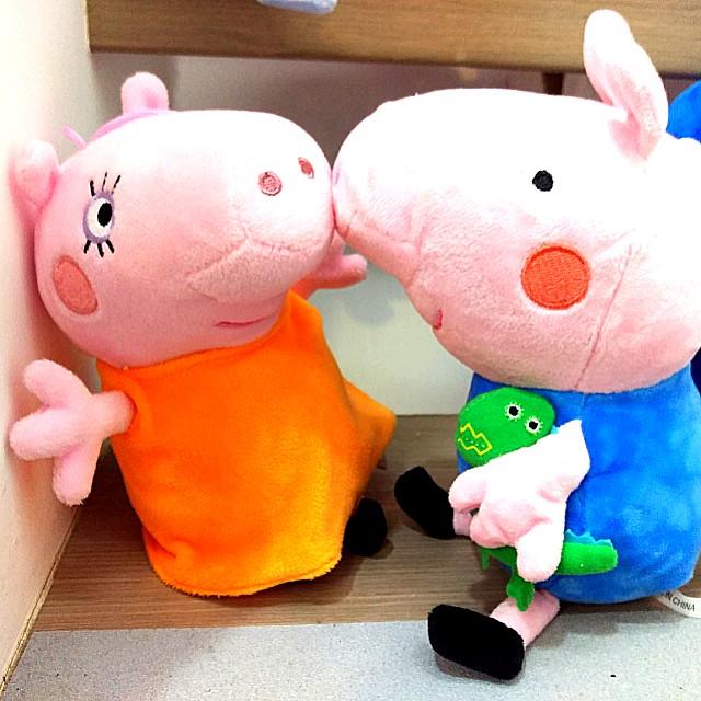 佩佩豬的壁咚,抓捉娃娃機,填充絨毛玩具