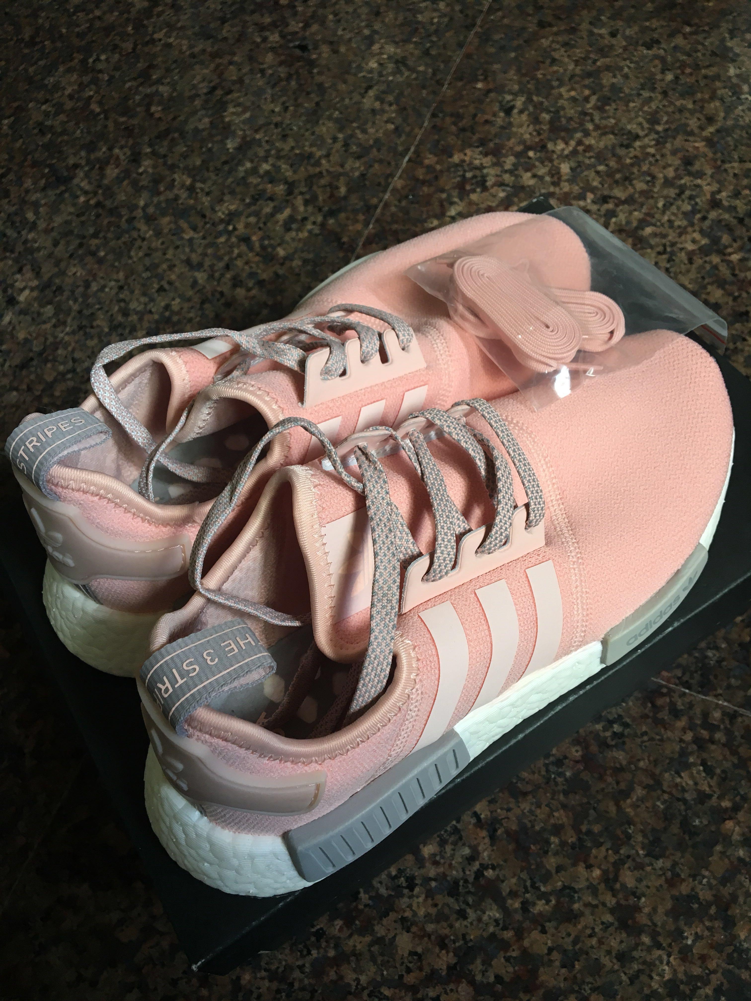adidas nmd r1 vapore rosa, la moda femminile, le scarpe carousell