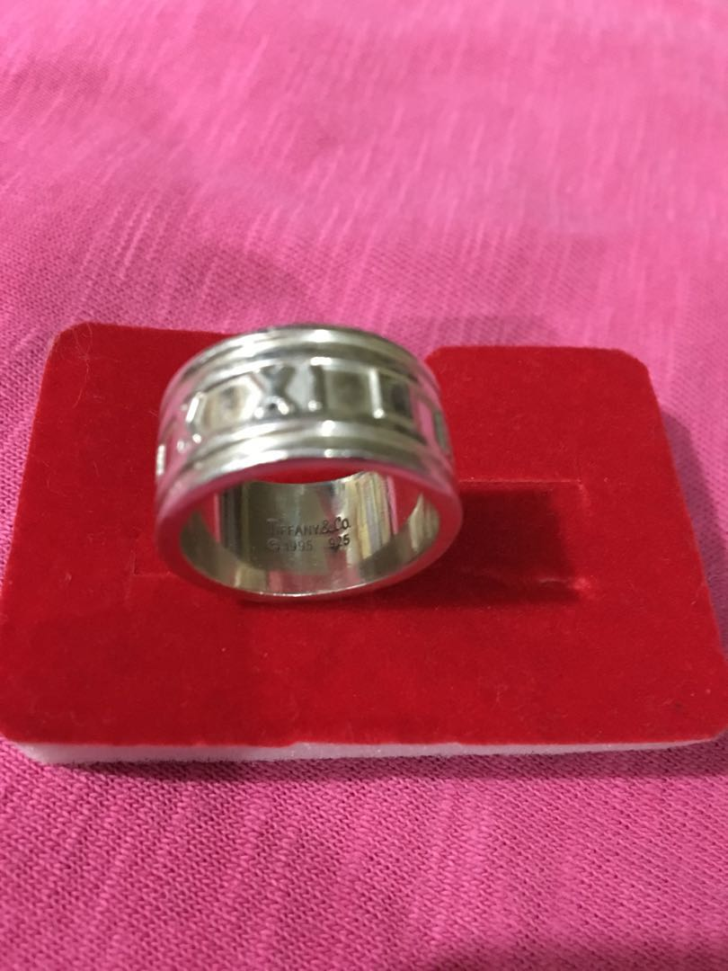 Authentic Tiffany Atlas Ring, Preloved Women\'s Fashion, Jewelry on ...