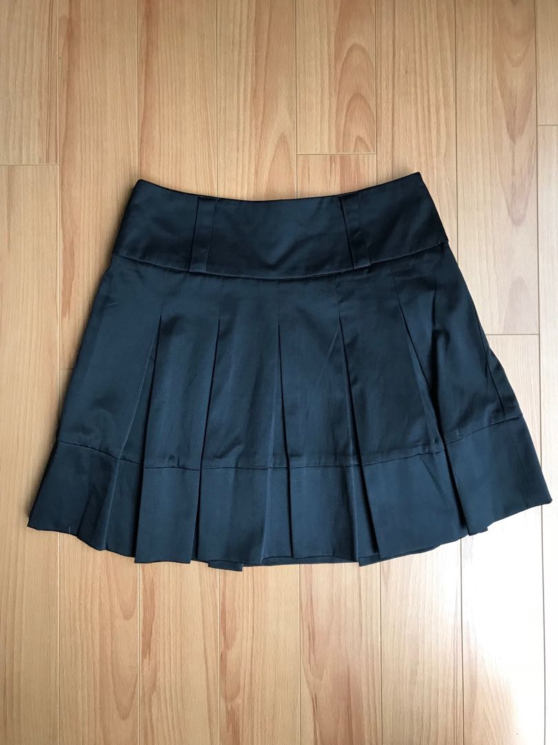 Black satin pleated skirt