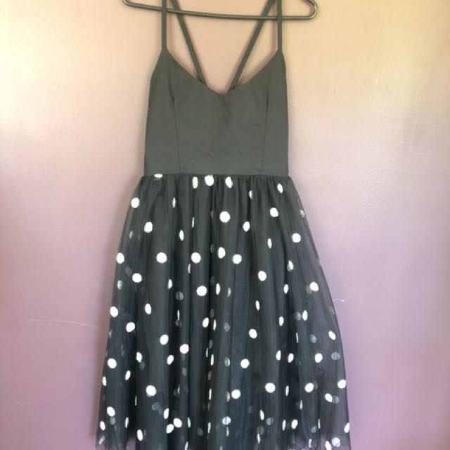 Boohoo B & W polka dot dress size 12