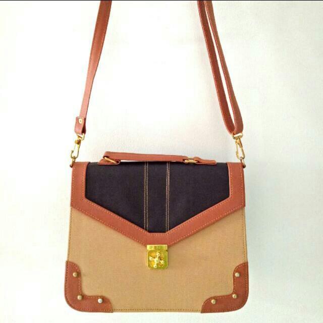 Brown Sholder bag / hand bag / tas