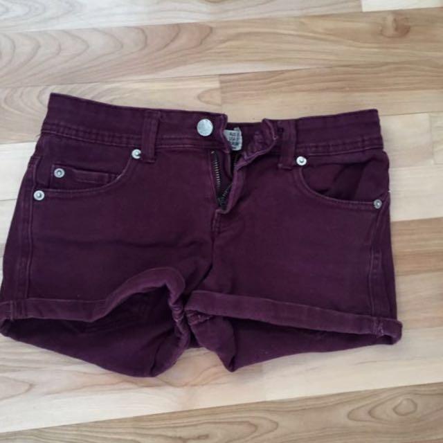 Burgundy/army green shorts