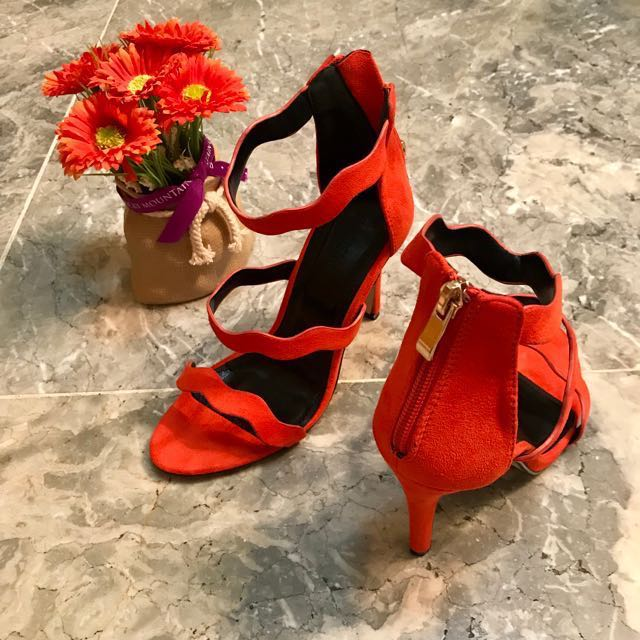 Classy Orange Heels SM Parisian Size 7 Good As Brand New Nadine Lustre Collection excellent condition used once for photoshoot