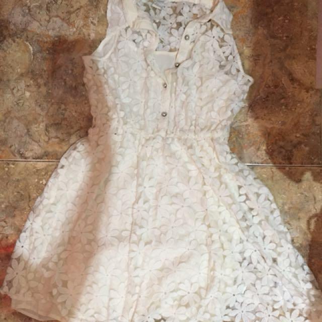 Dress Putih Forever 21 Floral Lace Pattern