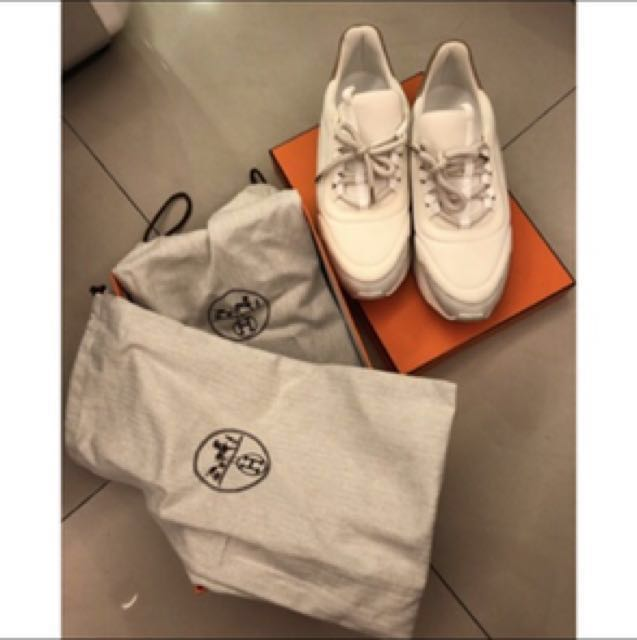Hermès 全白休閒鞋