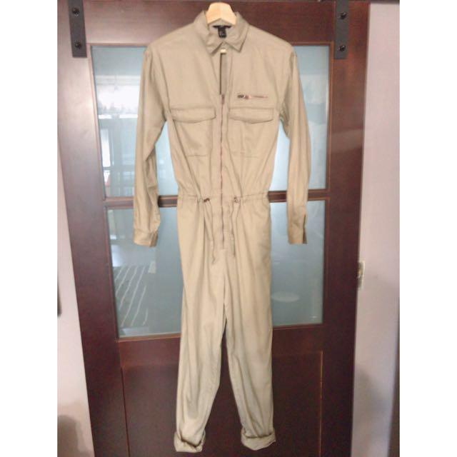 H&M 卡其色女版工作連身褲 有實穿照