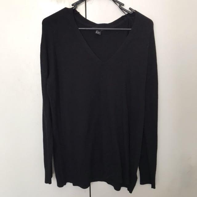 H&M black sweater jumper