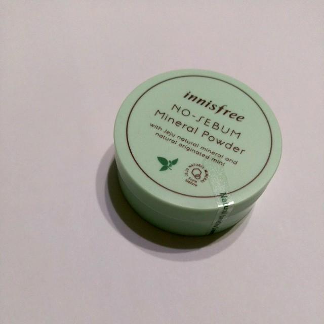 Innisfree 保濕蜜粉