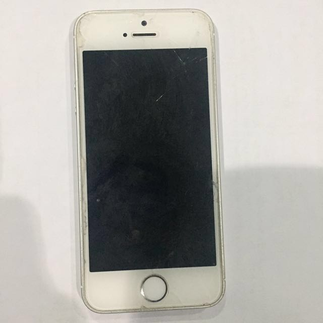 iPhone SE (negotiable)
