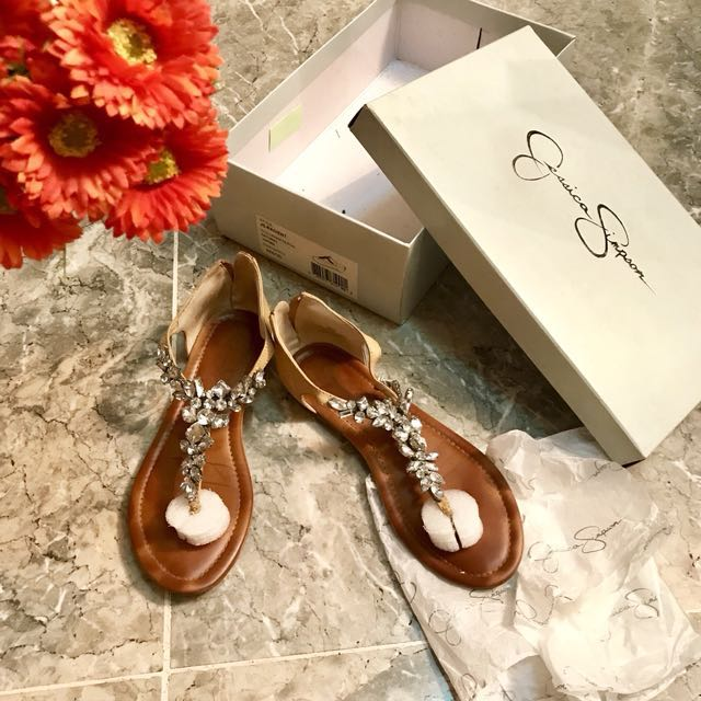 Jessica Simpson Diamond Sandals Pre Loved Authentic Size 6 fits 6-7 ( i am size 7 ) comfy sandals good condition same as photo