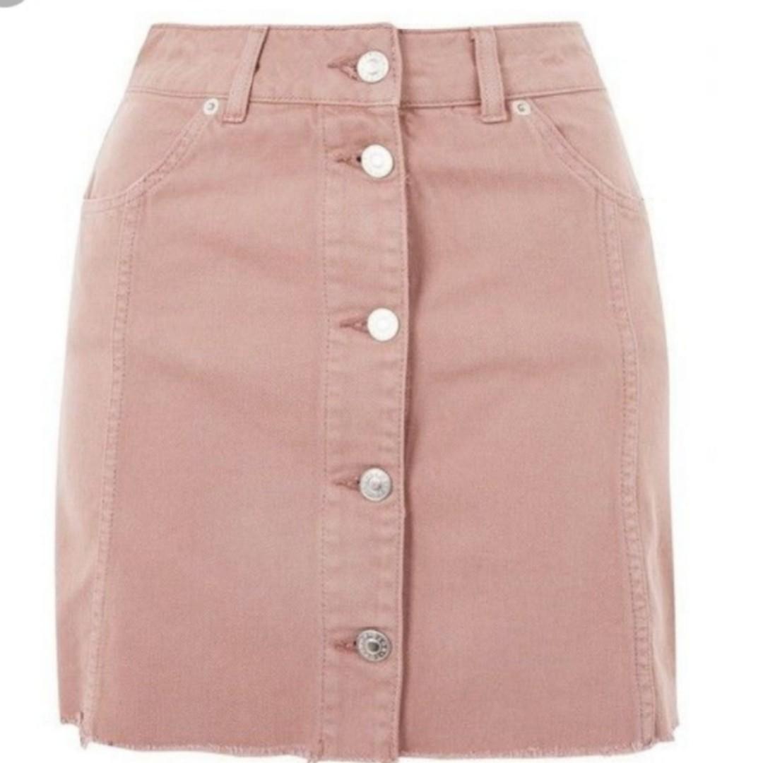 b0034dd2d9 Light pink denim skirt, Women's Fashion, Clothes, Pants, Jeans & Shorts on  Carousell