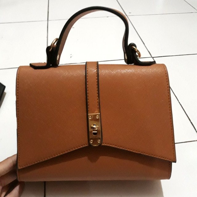Local brand slingbag