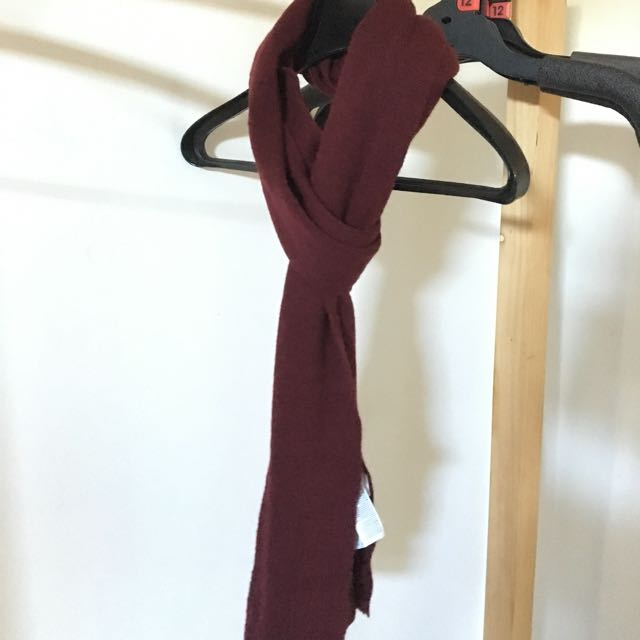 Muji wool scarf color burgundy red unisex one size