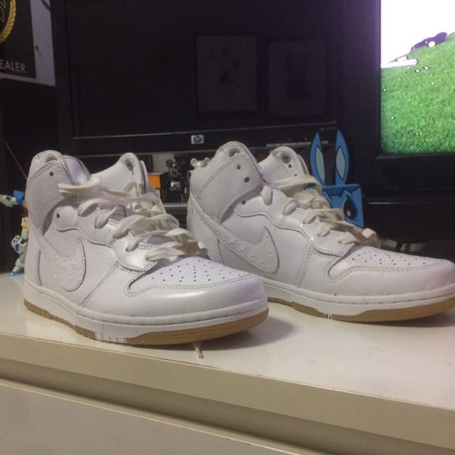 timeless design 4a009 ccb76 Nike dunk prm qs, Men s Fashion, Footwear, Sneakers on Carousell
