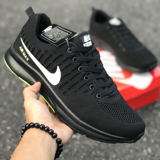 buy popular d686d 745d0 NIKE ZOOM AIRMAX 2018 (40-44) rm100.00 pos sm Gred promo, Men s Fashion,  Footwear on Carousell