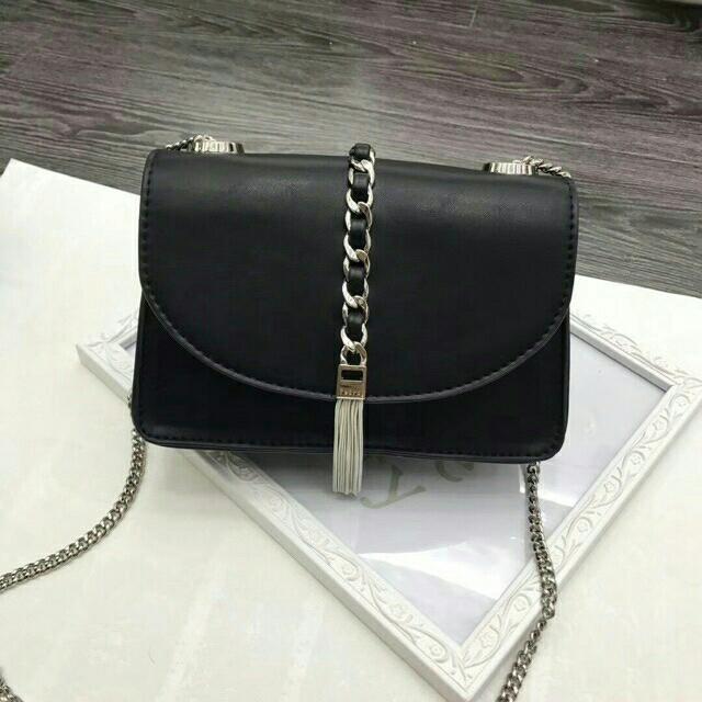 PEDRO MINI Sling Bag Black