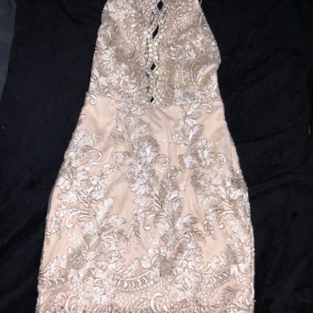 Size 8 xenia dress