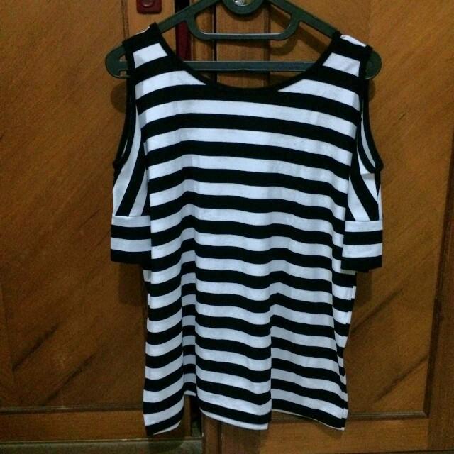 Stripes open shoulder top