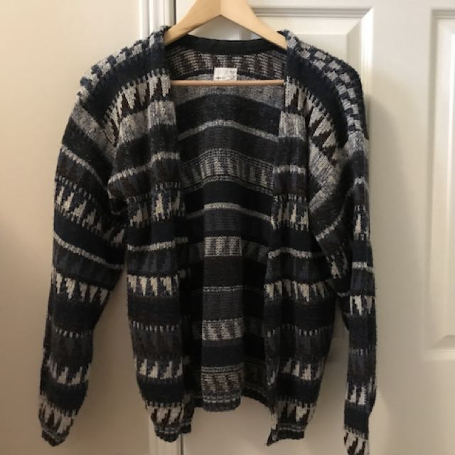 Urban Outfitters vintage winter sweater button-up size S