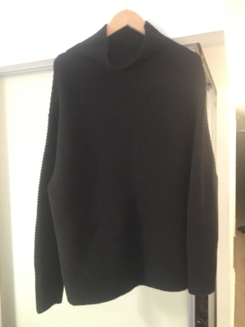 Wilfred Turtle Neck, Size M/L