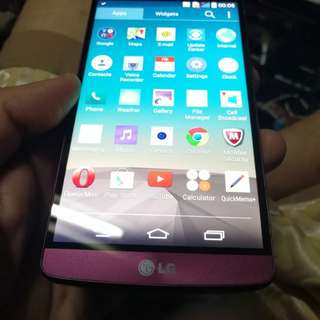 L G  3    4G Lte ( nfc function  2560 x1440 pixils ) ( read & see my carousell information other mobile)