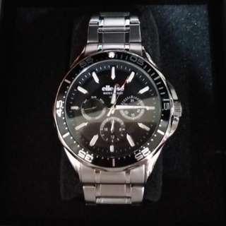 EllesseIl最新款錶