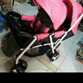 Baby twin strollers