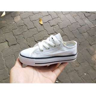 Converse shoes baby size 24