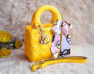 Dior 25 cm free syal