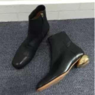 全新牛皮金踭短靴
